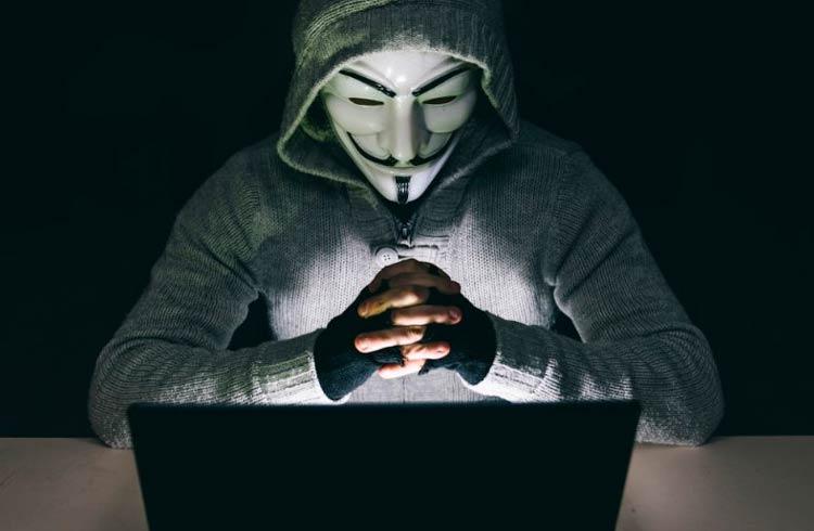 Hackers ganham US$32 mil em dois meses corrigindo erros em projetos de criptomoedas