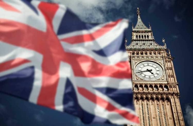 Reino Unido relata US$34 milhões de perda em fraudes envolvendo criptoativos e forex
