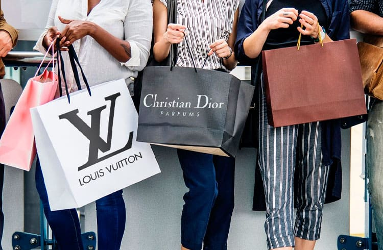 Louis Vuitton e a Christian Dior usam blockchain do Ethereum para registrar e rastrear produtos