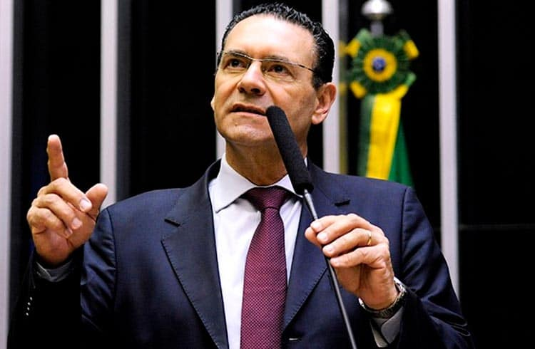 Deputado Vitor Lippi reúne-se com presidentes do BNDES, da CVM e do Bacen para debater blockchain no Brasil