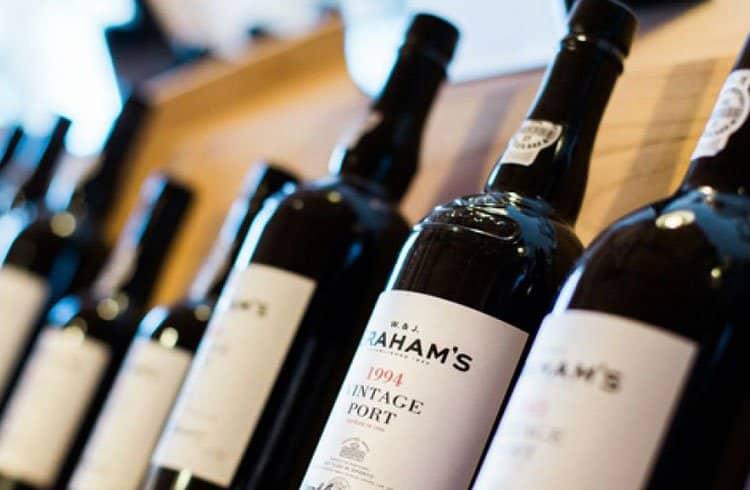 Ernst & Young cria blockchain para verificar autenticidade de vinhos