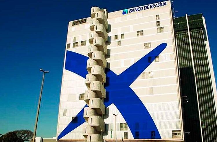 Banco público de Brasília exige conhecimento sobre Bitcoin e blockchain de novos funcionários