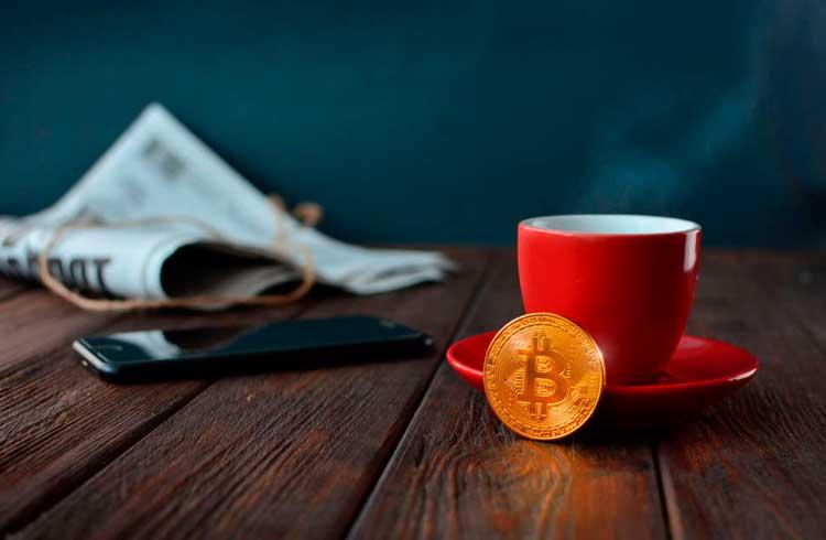 Pagando por uma xícara de café com criptomoedas