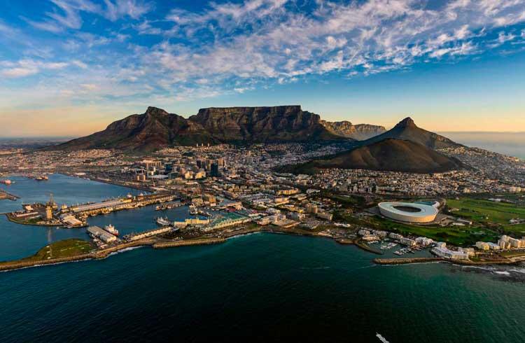 Suposta pirâmide de Bitcoin pode estar arrecadando US$135 mil por dia na África do Sul