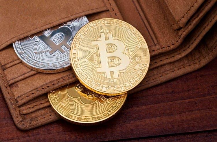 Cliente procura empresa para comprar 4,5 milhões de Bitcoins, 25% de todo BTC em circulação