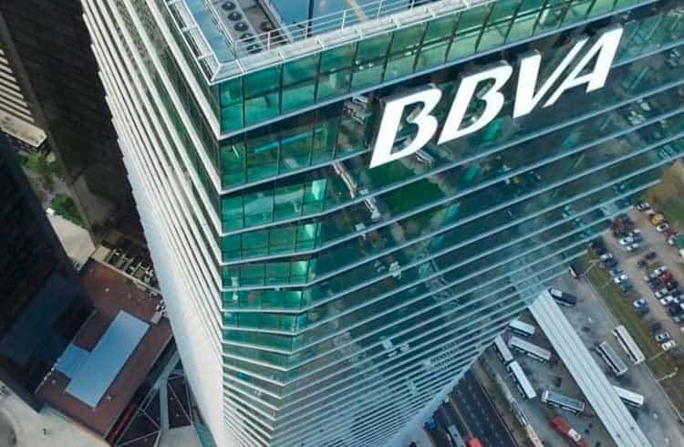 Banco BBVA destaca o papel das fintechs em atender desbancarizados; Brasil lidera o setor na América Latina