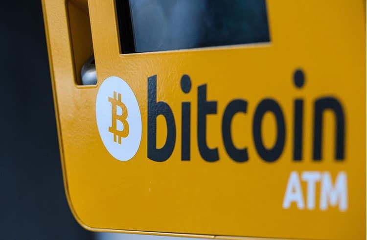 Três milhões de caixas eletrônicos logo terão funções envolvendo Bitcoin