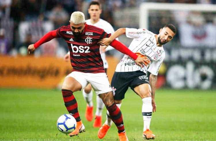 UZZO exibe Bitcoin em jogo entre Corinthians e Flamengo no Brasileirão