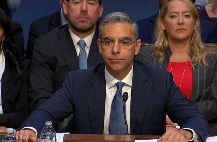 """Em nova audiência, Facebook é acusado de cartel e Libra é chamada de """"lixo"""""""