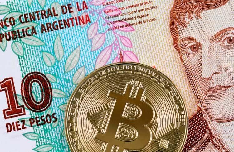 Preço do Bitcoin ultrapassa US$12 mil na Argentina, enquanto o peso desvaloriza 25%
