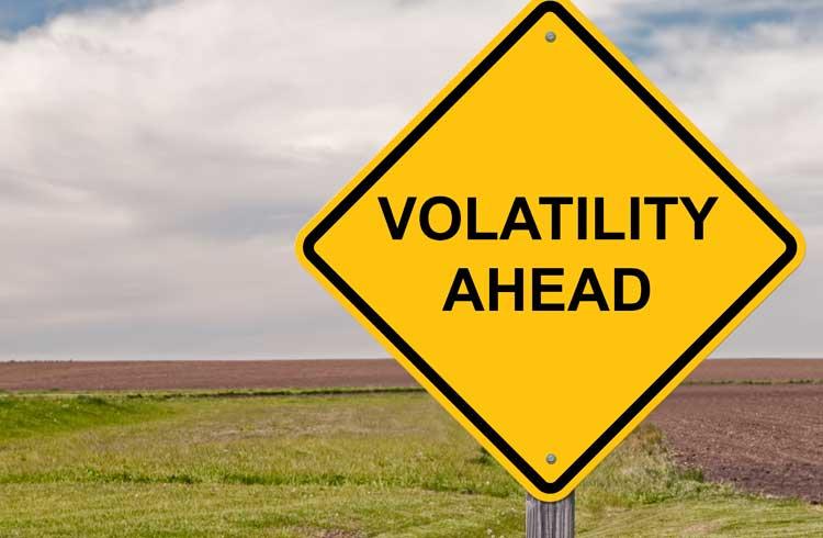 Relatório de empresa norte-americana diz que o Bitcoin é menos volátil do que se acredita