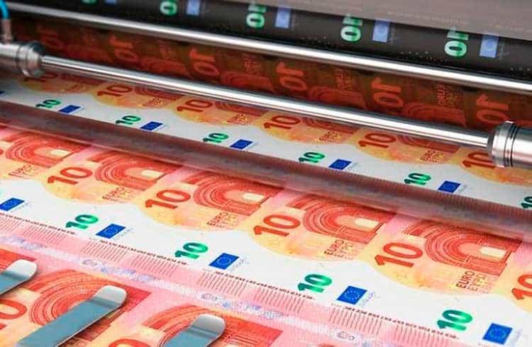 Imprimir mais dinheiro ou focar no Bitcoin? Conheça a Teoria Monetária Moderna