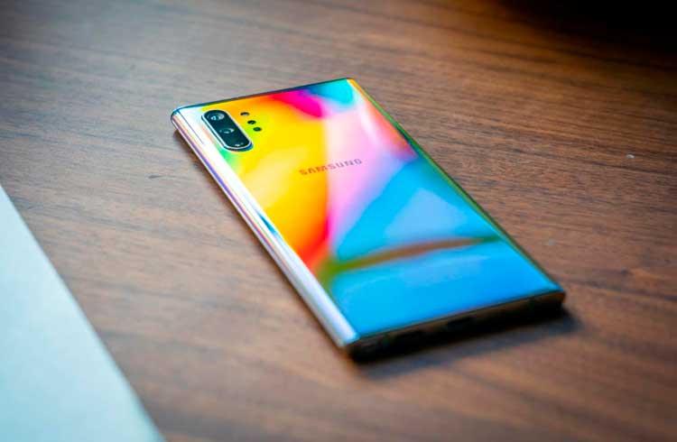 Samsung lança novo smartphone amigável a blockchain e criptomoedas