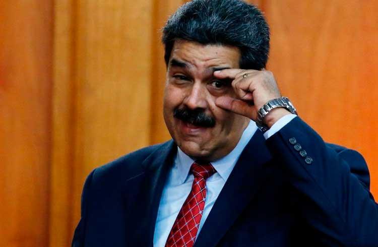 Nicolás Maduro diz que venezuelanos poderão fazer pagamentos com criptomoedas em breve