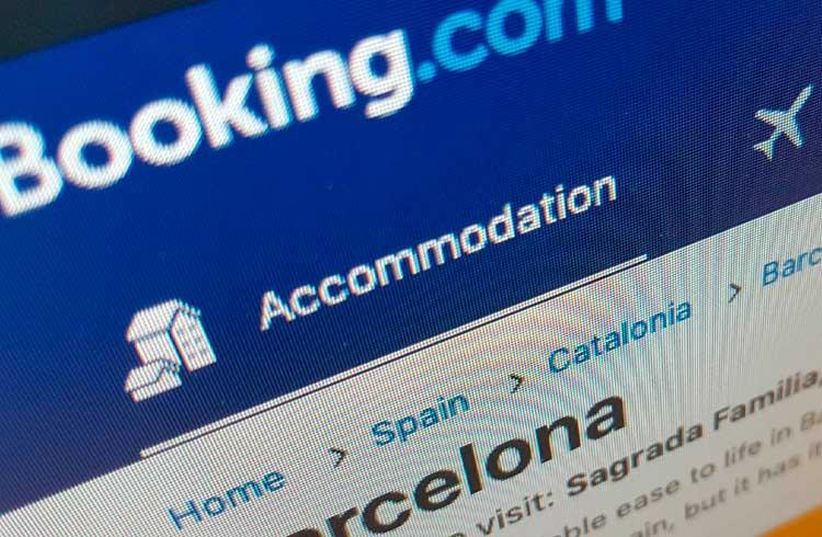 Booking.com faz parceria para viabilizar pagamentos de hospedagens com criptomoedas