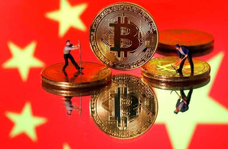 China divulga plano que não elimina a indústria de mineração de criptoativos