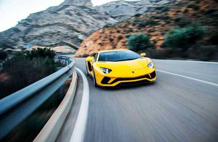 Lamborghini usa tecnologia blockchain para certificação de carros