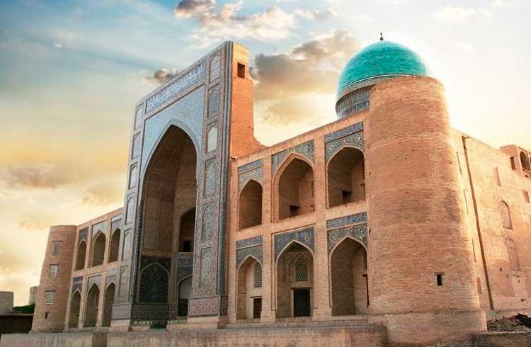 Governo do Uzbequistão proíbe cidadãos de comprarem criptomoedas