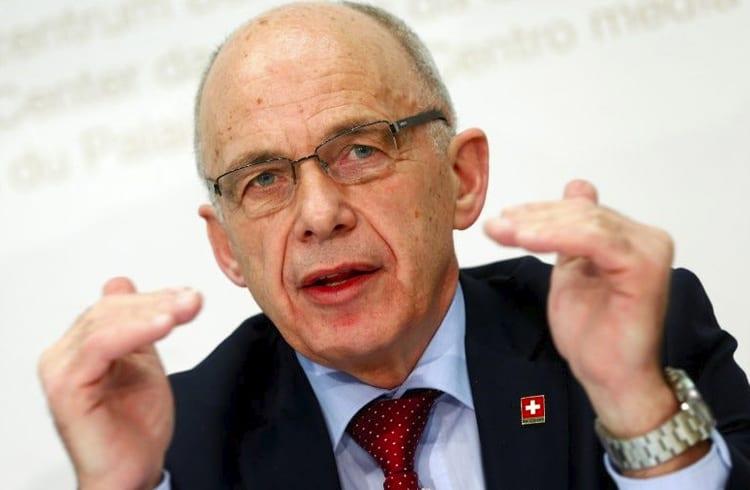 Modelo atual da Libra do Facebook fracassou, afirma presidente da Suíça