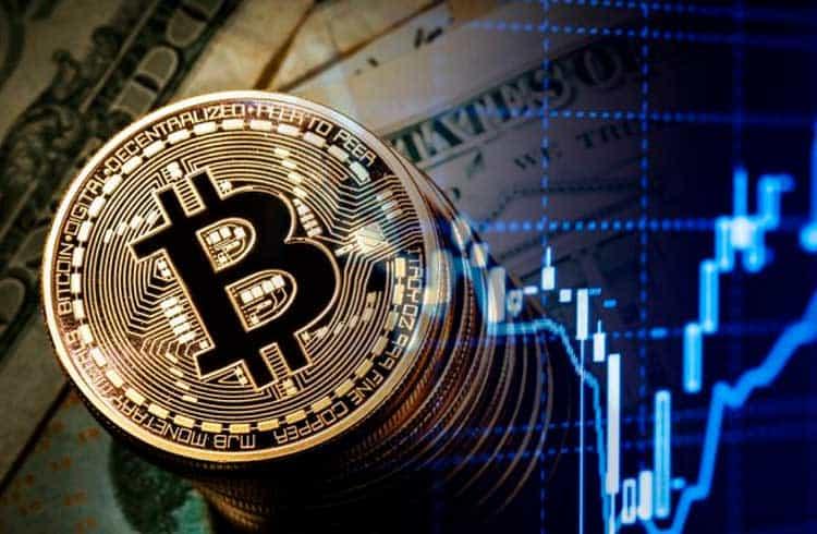 Preço do Bitcoin valoriza 7% e volta para a faixa dos US$7 mil
