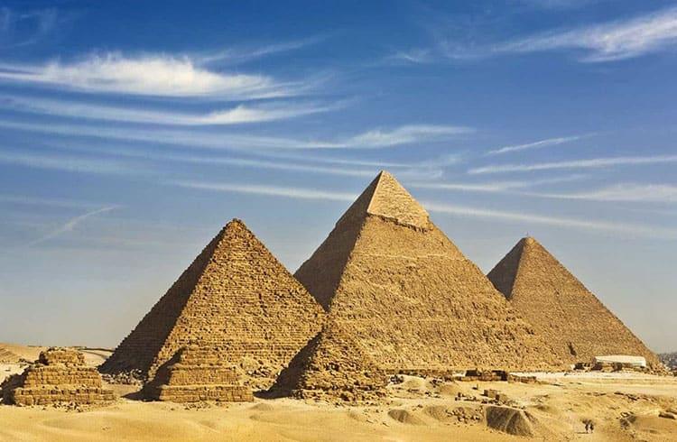 Nubank faz publicação ensinando como evitar pirâmides financeiras