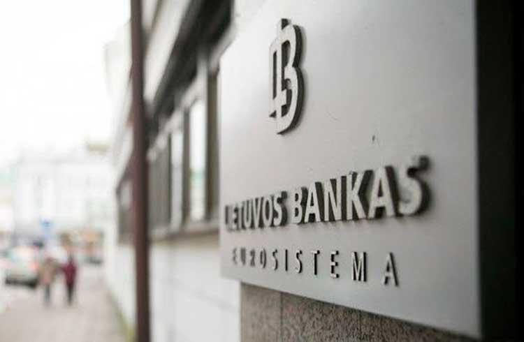 """Banco Central da Lituânia lança criptomoeda que também é """"impressa"""" construída na blockchain da NEM"""