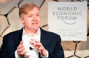 Cofundador do LinkedIn fala sobre desigualdade de gênero no mercado de blockchain em Davos
