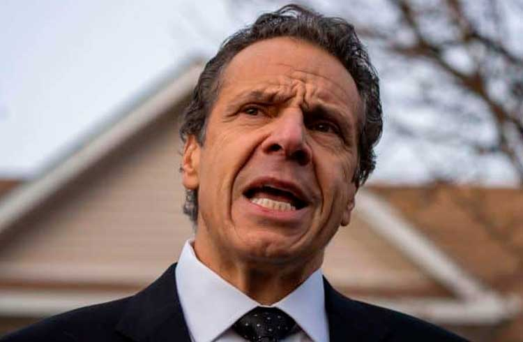 Governador de Nova York quer obrigar empresas de criptomoedas a pagarem custos de regulação