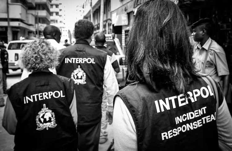 Interpol investiga malware suspeito de infectar milhares de roteadores