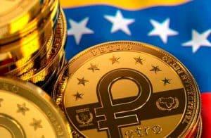 Comerciantes venezuelanos chamam Petro de farsa após atrasos e desvalorização