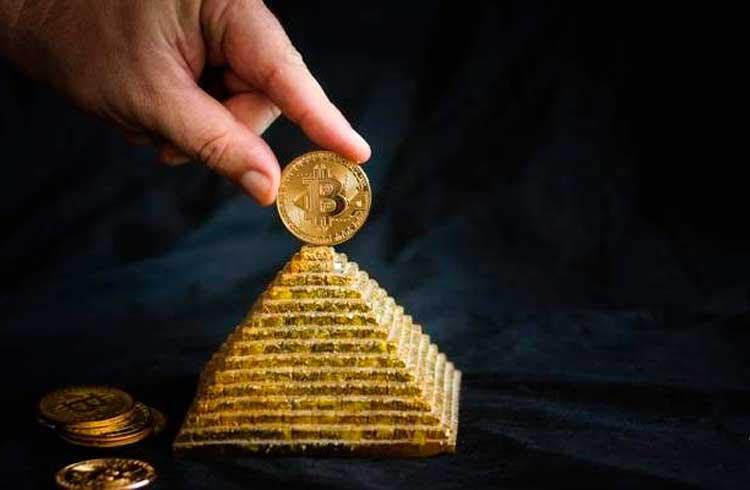 Mais de 12 mil Bitcoins da pirâmide financeira PlusToken acabaram de se mover para dois endereços