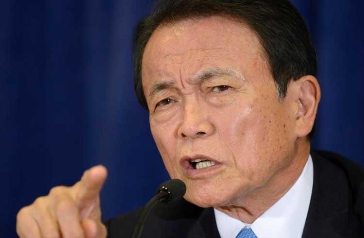 Ministro das Finanças do Japão pede à China que adie lançamento de sua moeda digital