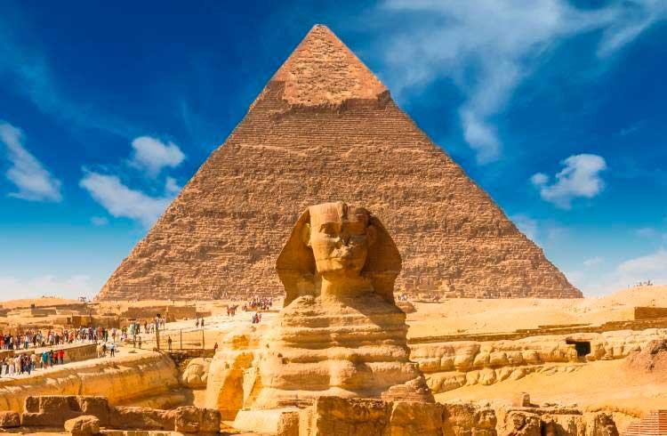 Suposta pirâmide de criptomoedas oferece 160% em cinco dias corridos é denunciada à CVM