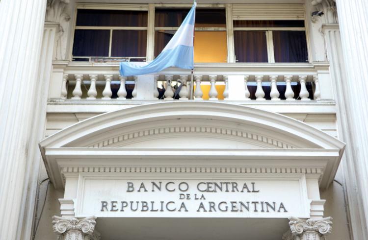 Banco Central da Argentina cria solução com RSK para gerenciamento de débitos não autorizados