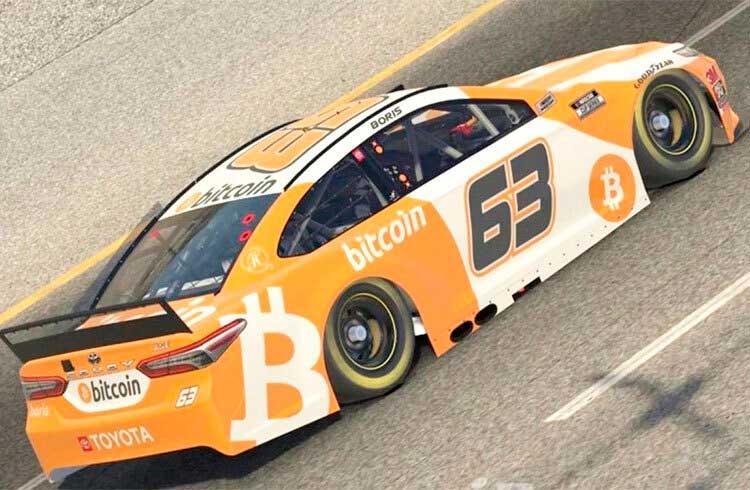 """Bitcoin """"vence"""" os grandes campeões da NASCAR em corrida virtual"""
