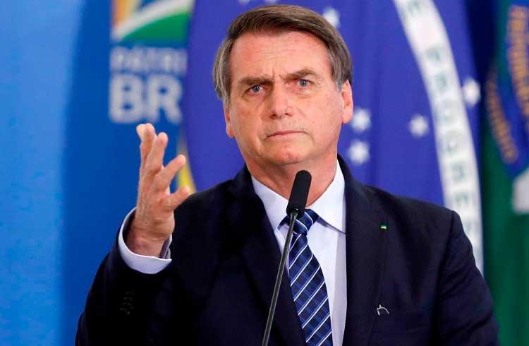 Bolsonaro revoga portaria e exército não vai mais rastrear armas e munições com blockchain
