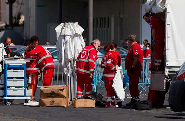 Com doações em Bitcoin, Cruz Vermelha italiana constrói centro médico para atender vítimas de pandemia