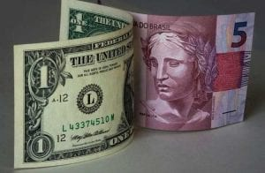 Dólar bate R$5,40 pela primeira vez após corte de juros do Banco Central