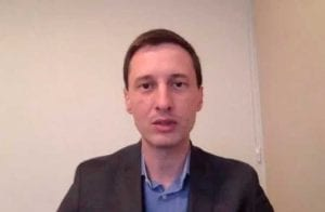 Em prisão domiciliar, ex-diretor jurídico da Unick Forex faz live para anunciar novos projetos