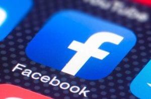 Facebook processa empresa que ajuda golpistas a burlar seus termos de uso