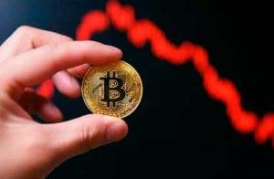 Queda no preço do Bitcoin prejudica rendimento de golpistas durante pandemia, afirma Chainalysis
