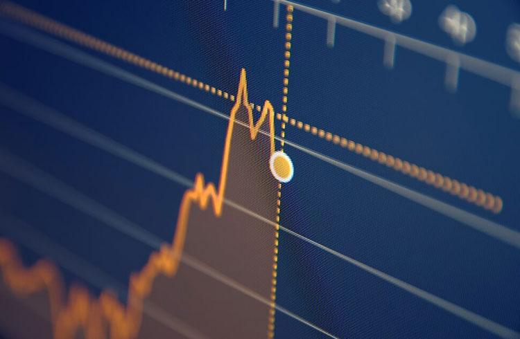 Bitcoin cai quase 5% e fica abaixo dos R$ 50 mil