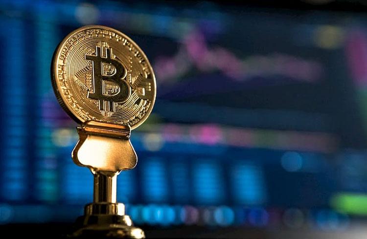 Bitcoin volta aos R$ 51.000 após longa semana; Cardano valoriza 12%