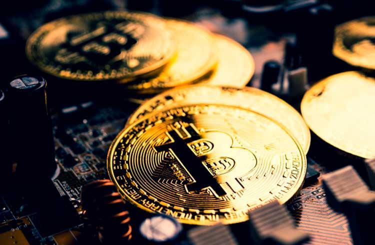 Consumo de energia para minerar Bitcoin caiu significativamente após o halving
