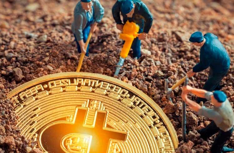 Lucro com mineração de Bitcoin cresce 8% e supera os R$2 bilhões