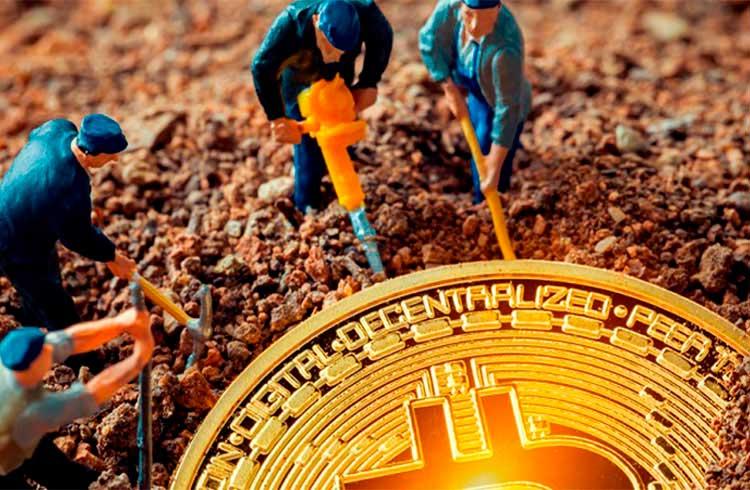 Analista afirma que mineração de Bitcoin está saudável após o halving