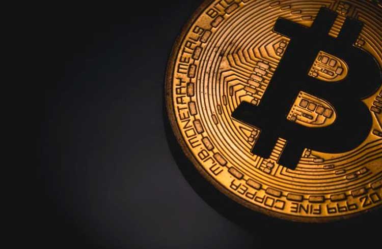 Baixa volatilidade faz Bitcoin aumentar correlação com S&P 500