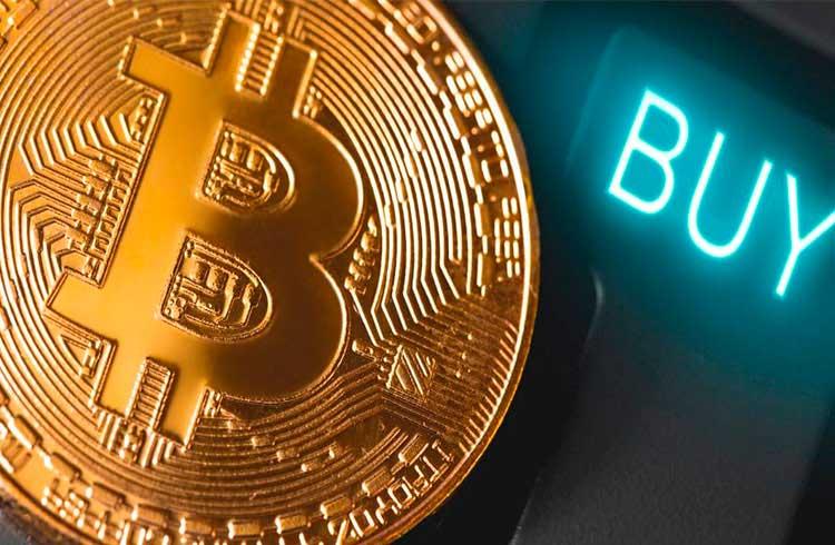 Especialista explica porque faz sentido comprar Bitcoin agora