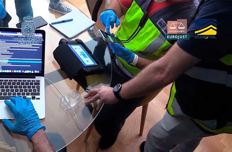 Grande rede de IPTV é derrubada e policiais encontram criptomoedas