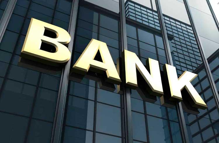 Moedas digitais de bancos centrais podem substituir sistema bancário, afirma Banco Central dos EUA